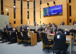 Deputados aprovam projeto que concede anistia a policiais que participaram da greve no ES