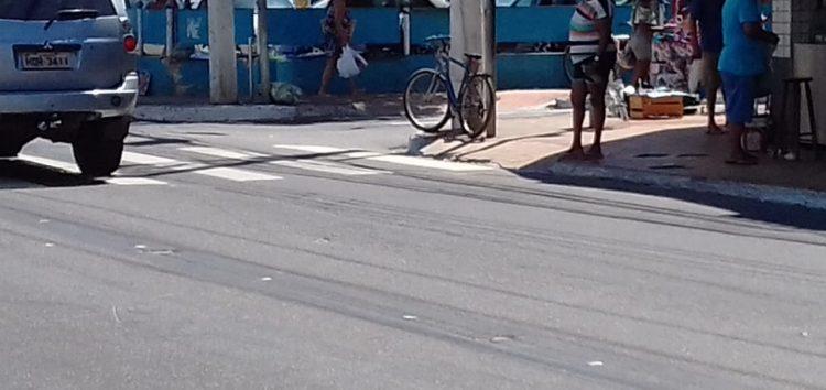 Prefeitura faz teste para acesso de veículos na Rua do Trabalho em Guarapari