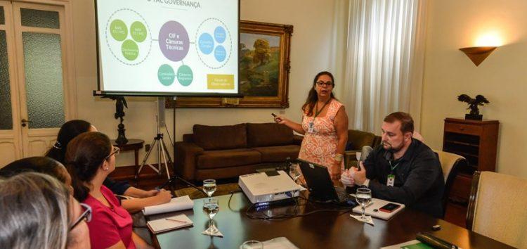 Renova apresenta relatório de atividades dos últimos meses