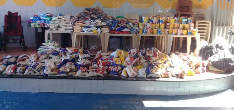 Aproximadamente 13 toneladas de alimentos e R$50 mil foram arrecadados e doados pelo Multiplace Mais em Guarapari
