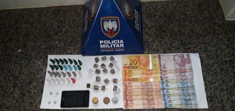PM detém três pessoas com drogas em Guarapari
