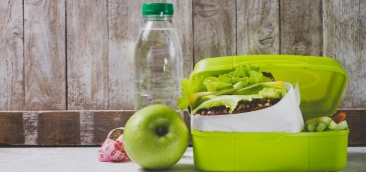 Nutricionista de Guarapari dá exemplos de lancheira saudável na volta às aulas