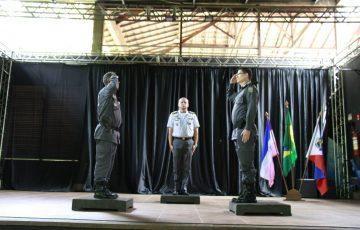 Cerimônia realiza passagem de comando do 10º batalhão da PM em Guarapari