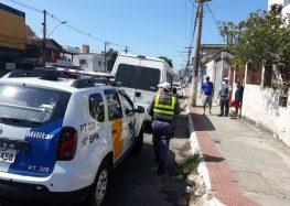 Ação apreende van irregular em Guarapari