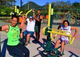 Praça saudável oferece academia ao ar livre para moradores de Alfredo Chaves