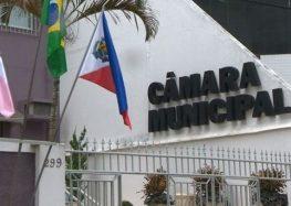 Prefeito tenta retirar obrigatoriedade de convocação na Câmara de Guarapari