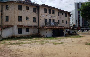 Radium Hotel: Após vandalismo prefeitura de Guarapari é questionada sobre preservação do local