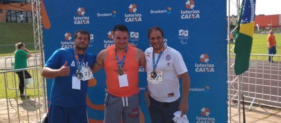 Paratletas de Guarapari e Anchieta conquistam medalhas em Curitiba