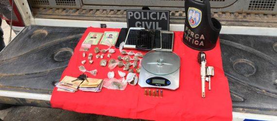 Polícia apreende arma, drogas e munições em Anchieta
