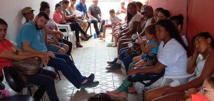 Cras de Santa Mônica realiza roda de conversa sobre relações familiares em Guarapari