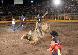 Alfredo Chaves realiza mais uma edição da Festa do Clube do Cavalo