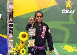 Gari e lutadora: atleta de Guarapari é ouro no Brasileiro de Jiu-jitsu