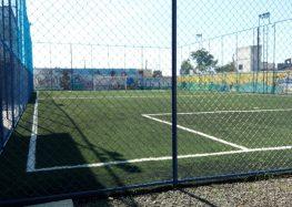 Creche Alegria aluga campo de futebol em Guarapari para arrecadar recursos
