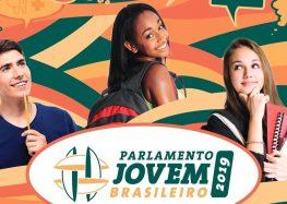 Programa leva estudantes para a Câmara dos Deputados em Brasília