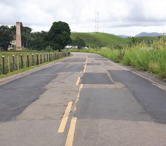 Vereador solicita ao DER-ES intervenção na estrada que liga Anchieta a Jabaquara