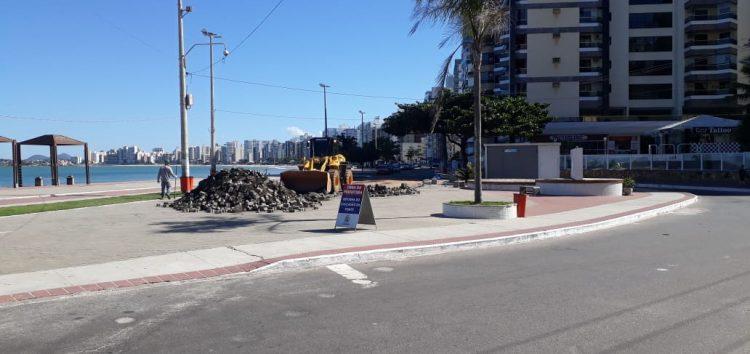 Com obras aceleradas, prefeitura de Guarapari pretende entregar a revitalização da orla da Praia do Morro em dezembro