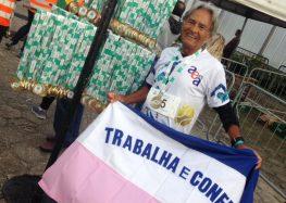 Morador de Guarapari descobre a natação como motivação na luta contra o câncer