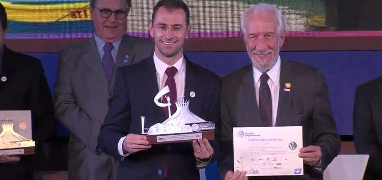 Prefeito de Anchieta conquista prêmio nacional por empreendedorismo