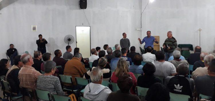 Reunião apresenta projeto de saneamento básico para região de Enseada do Sol em Guarapari