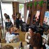 """Salão promove """"Dia de Princesa"""" para atendidas no Centro de Apoio à Mulher em Guarapari"""
