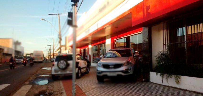carro estacionado4