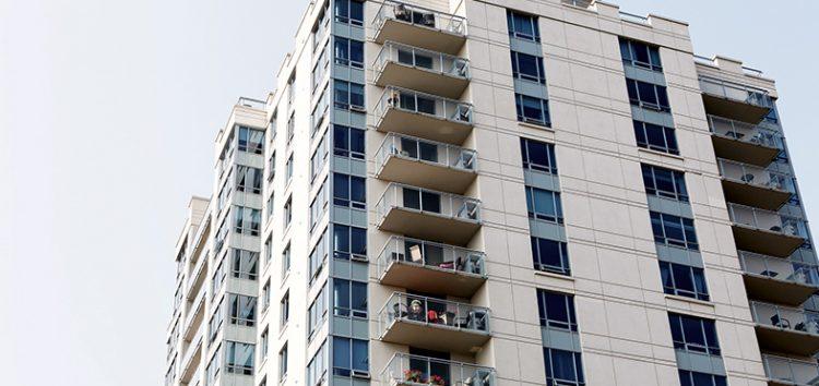 Morador de Guarapari é obrigado a desfazer obra particular construída em área comum de prédio