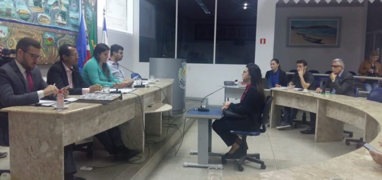 Mais testemunhas são ouvidas pela CP que investiga denuncia contra vereador em Guarapari; Ex-secretário de Turismo não compareceu