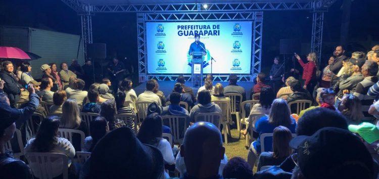 Guarapari assina ordem de serviço para pavimentação em ruas de Setiba e Una