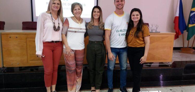 Escola de Guarapari apresenta para outras unidades exemplo de sucesso na coleta seletiva