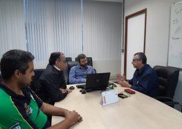 Convênio com hospital de Guarapari para atendimento pelo SUS é proposto em reunião