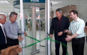 Sicoob inaugura agência mais ampla e com novo conceito em Anchieta