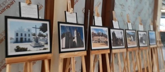 Exposição fotográfica sobre história de Guarapari é montada por alunos do ensino médio