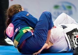 Projeto oferece aulas de Jiu-jitsu gratuitas para crianças e adolescentes de Guarapari