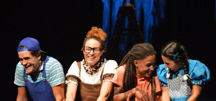 Mostra de teatro gratuita movimenta a semana em Anchieta