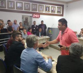 Vereadores de Guarapari aprovam cassação do mandato do parlamentar Dito Xaréu