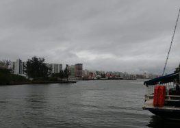 Inpe emite aviso especial de chuva intensa para Guarapari nesta terça (19)
