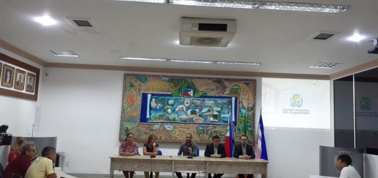 Câmara de Guarapari anuncia abono de R$ 700 para servidores
