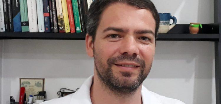 Professor de Guarapari escreve sobre a história do Espírito Santo
