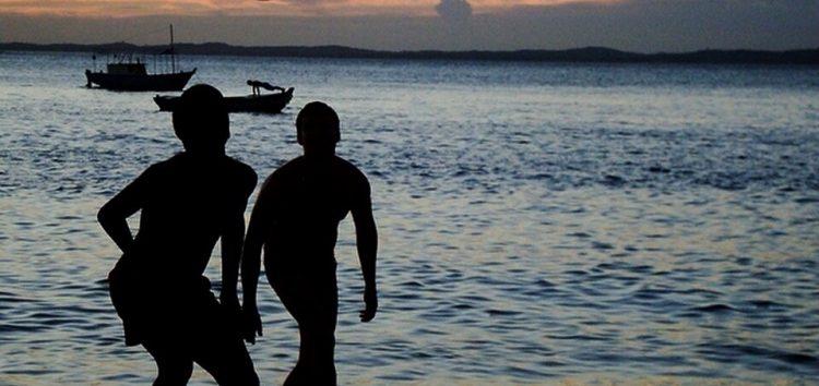 Altinha terá horário definido e caixas de som terão limite de ruído nas praias de Guarapari