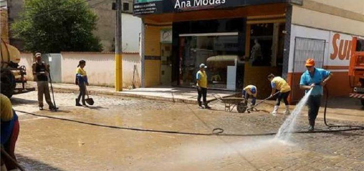 Alfredo Chaves estimula moradores a fortalecerem economia local