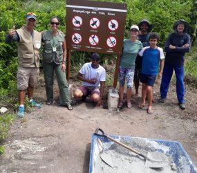 Arquipélago das Três Ilhas recebe primeiras placas de sinalização ambiental em Guarapari