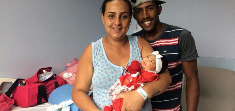 Primeiro bebê de 2020 nascido em Guarapari é uma menina