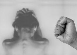 Mulheres de Guarapari realizam ato em memória de vítimas de feminicídio