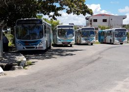 Motoristas de ônibus fizeram paralisação nesta manhã (20) como forma de protesto em Guarapari