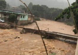 Guarapari, Alfredo Chaves e Iconha estão entre as cidades atingidas pela forte chuva do final de semana