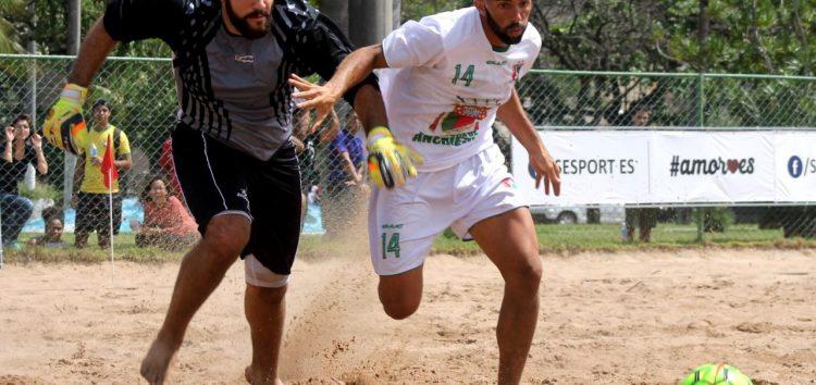 Time de Beach Soccer de Anchieta estreia com vitória em Campeonato Brasileiro