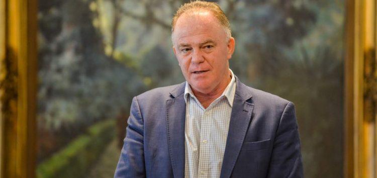 Casagrande anuncia aumento no piso salarial do magistério
