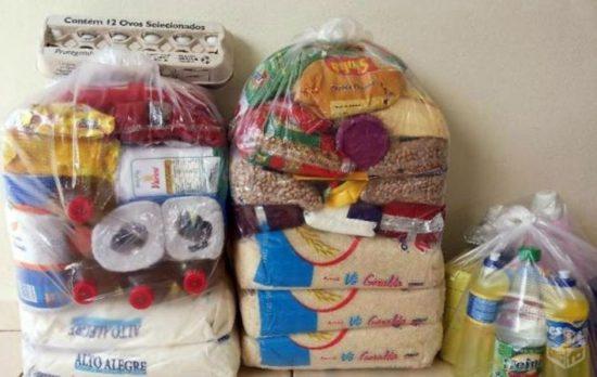 Moradores do bairro Sol Nascente se unem para arrecadar alimentos em Guarapari