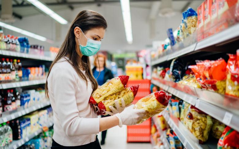 Supermercados também podem funcionar no período
