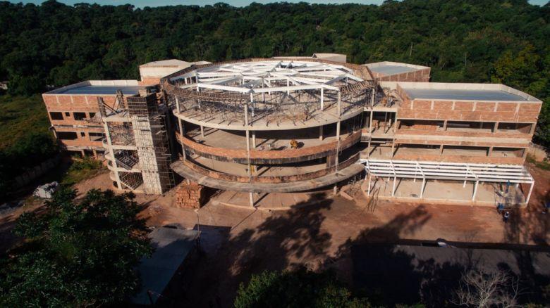 MPs pedem suspensão do contrato para construção do Hospital Cidade Saúde em Guarapari
